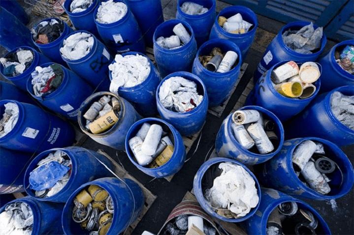 Các loại chất thải nguy hại được thải ra mỗi ngày